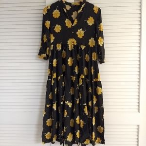 Madewell Buttonfront Tier Dress in Fall Flowers